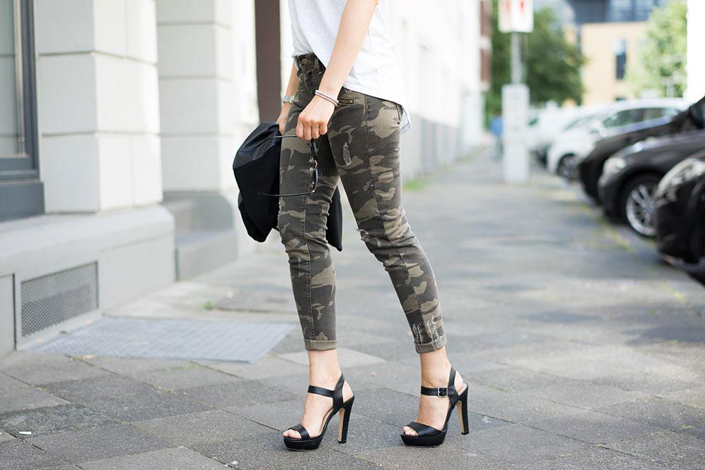 camouflage-hose-skinny