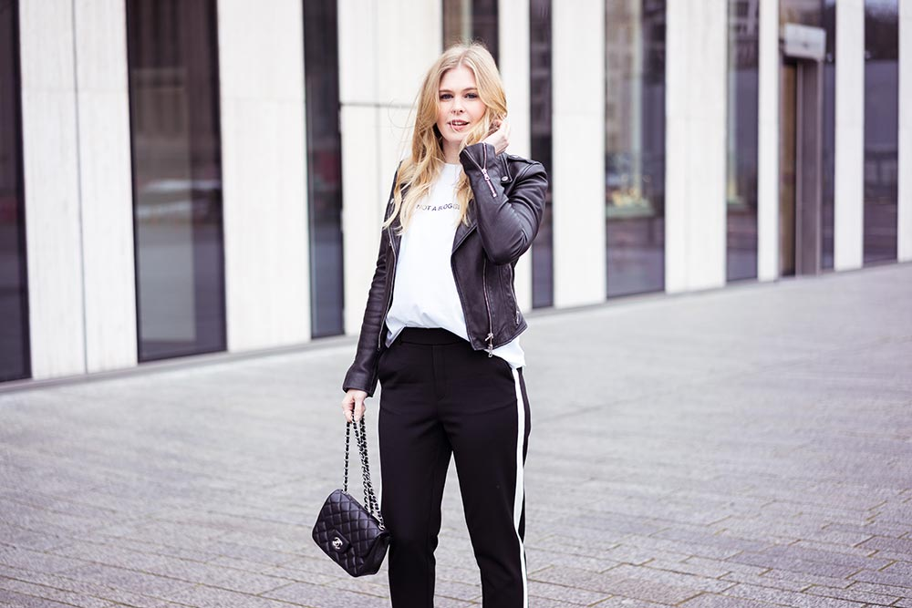Athleisure Outfit Trend Chanel Tasche Sunnyinga