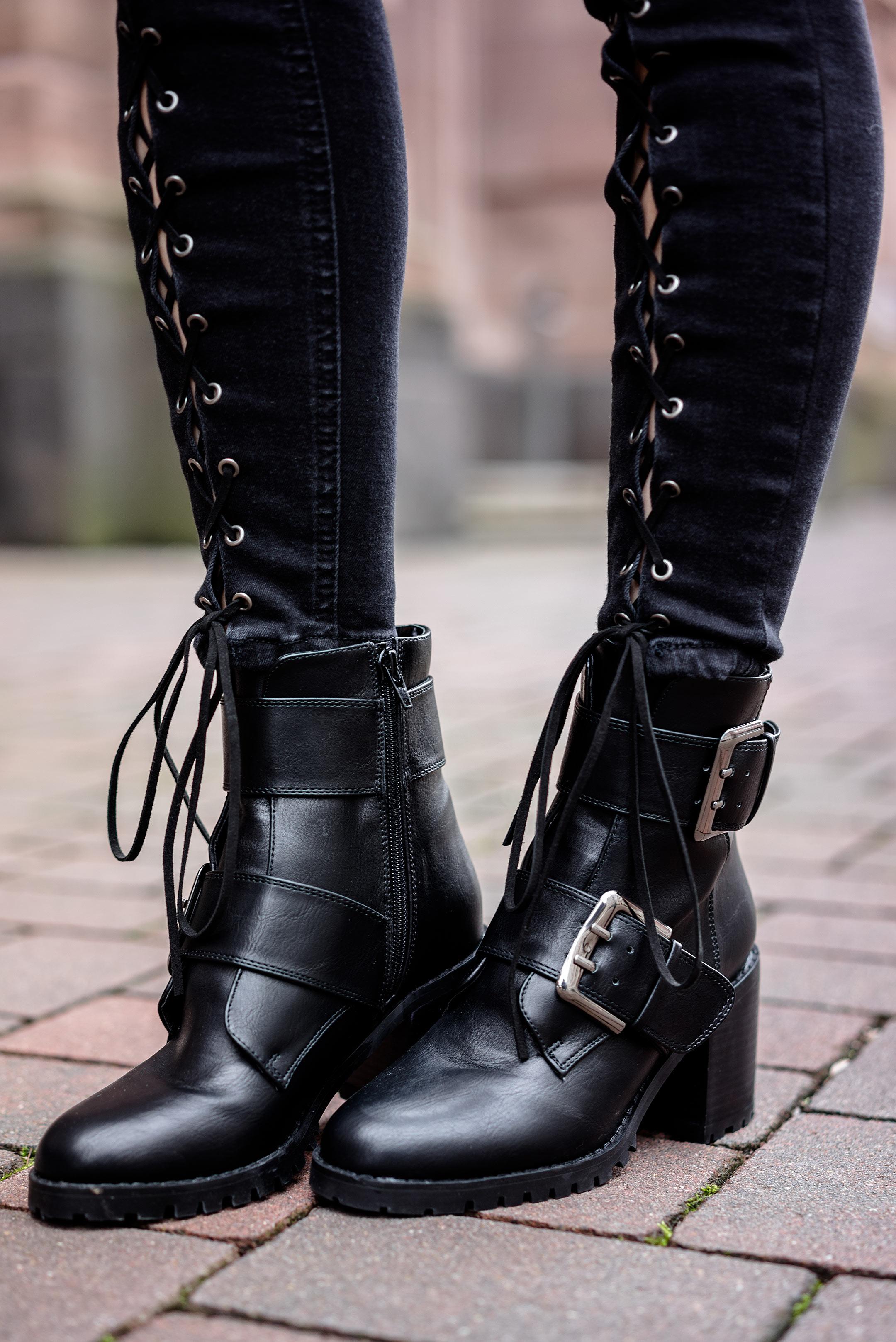 Buffalo Leder Boots schwarz Stiefeletten mit Absatz Sunnyinga Blog