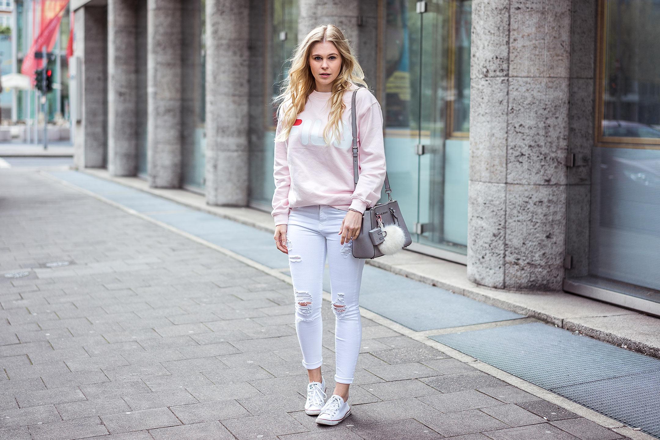 Fila Sweater Outfit Streetstyle Sunnyinga Modeblog