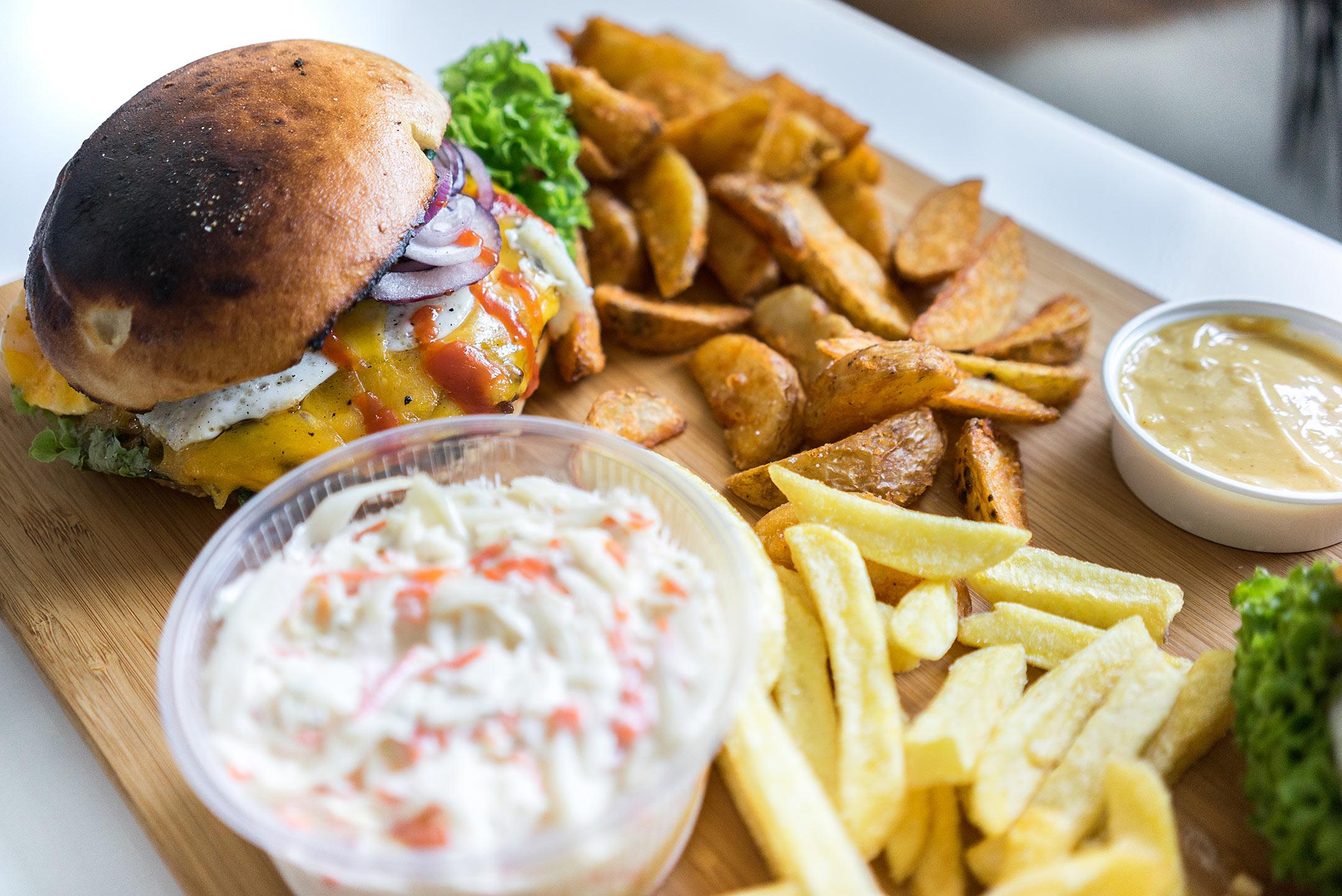Foodora Düsseldorf Feuersteins Burger Sunnyinga Lifestyle Blog