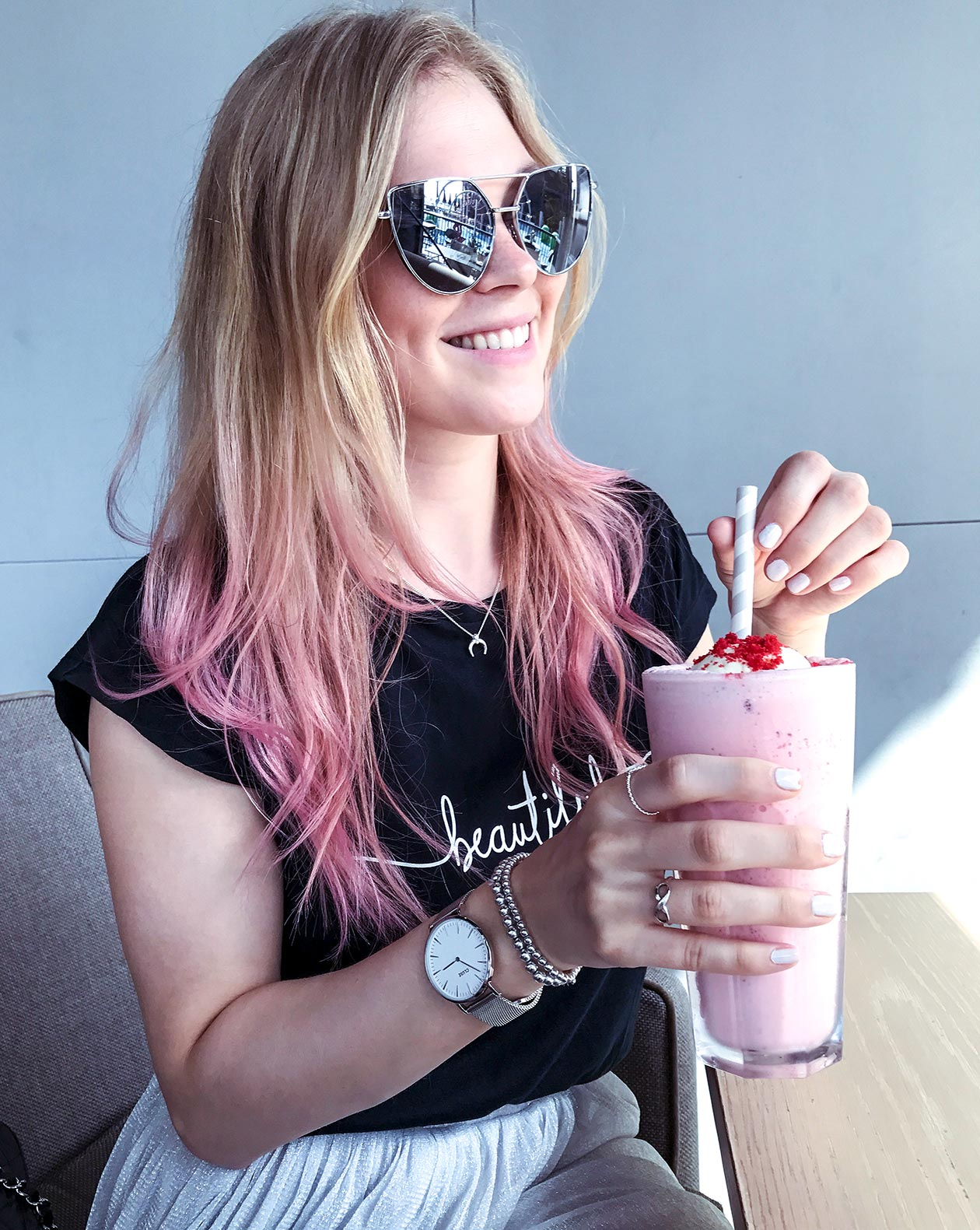 Gossip Dubai Pink Shake BoxPark Sunnyinga Travelblog