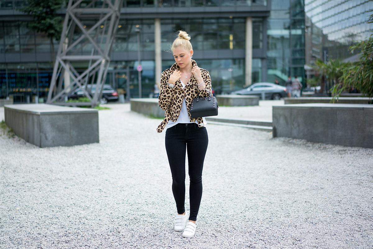 leo-print-jacke-outfit