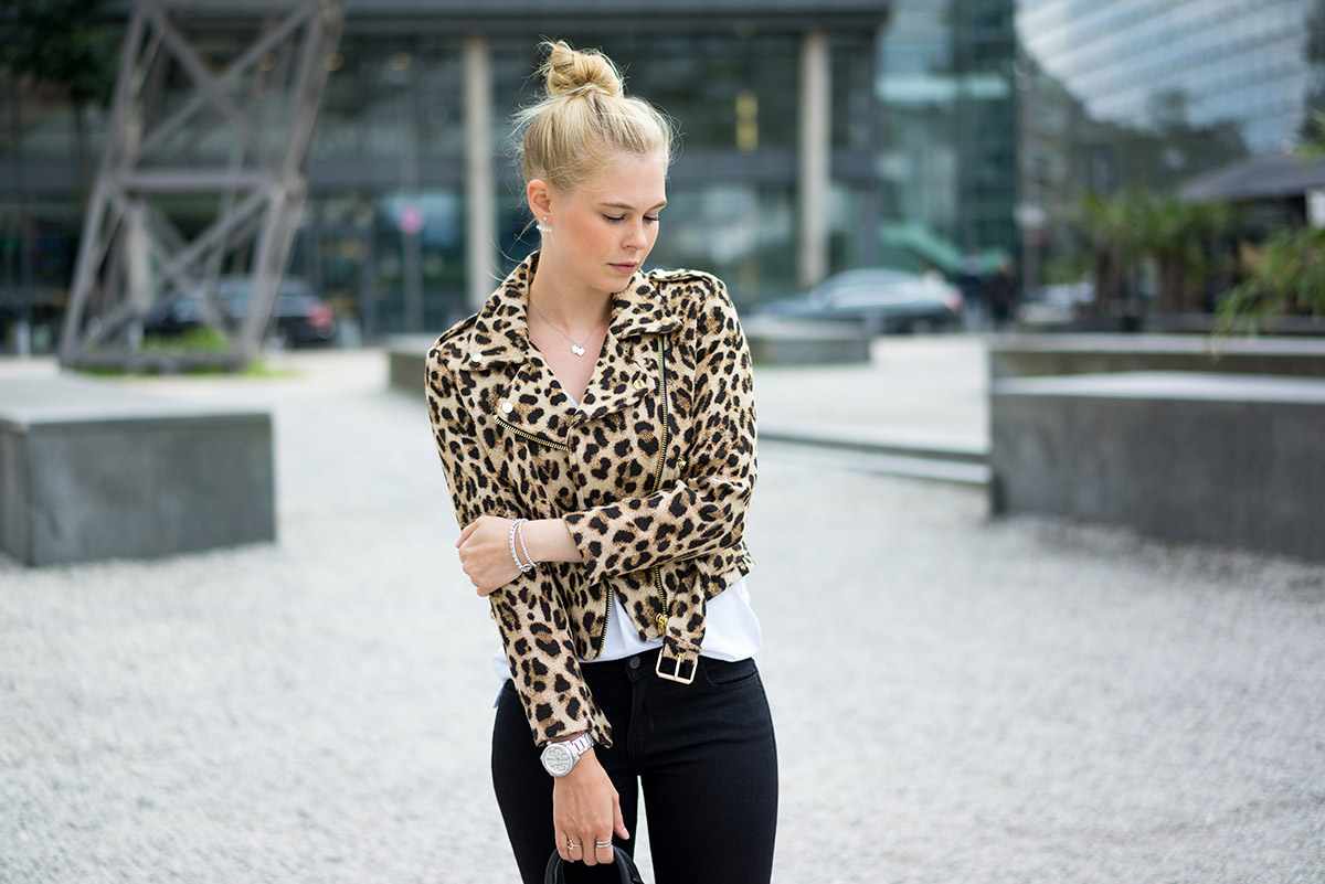 leo-print-outfit