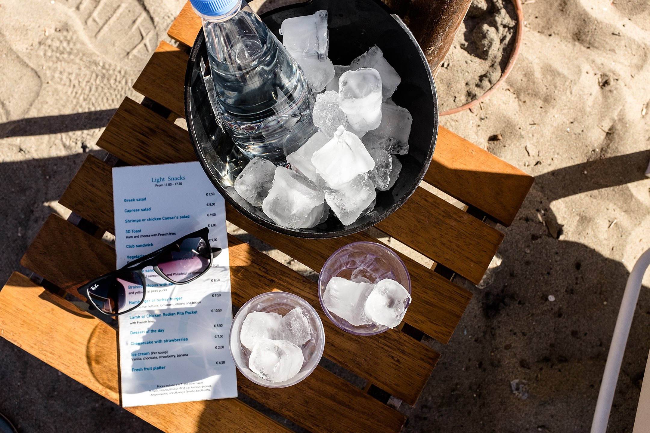 Lindos Blu Luxury Hotel Rhodos Strand Snacks Travel Blog Sunnyinga