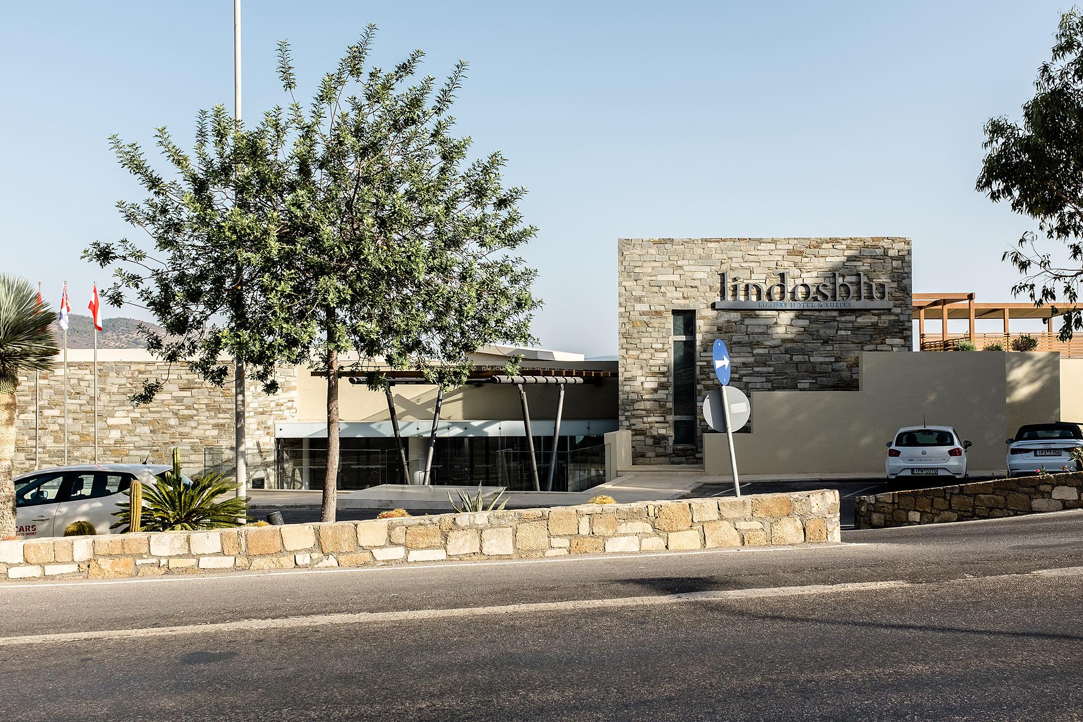 Lindos Blu Luxury Hotel Rhodos Strasse Travel Blog Sunnyinga