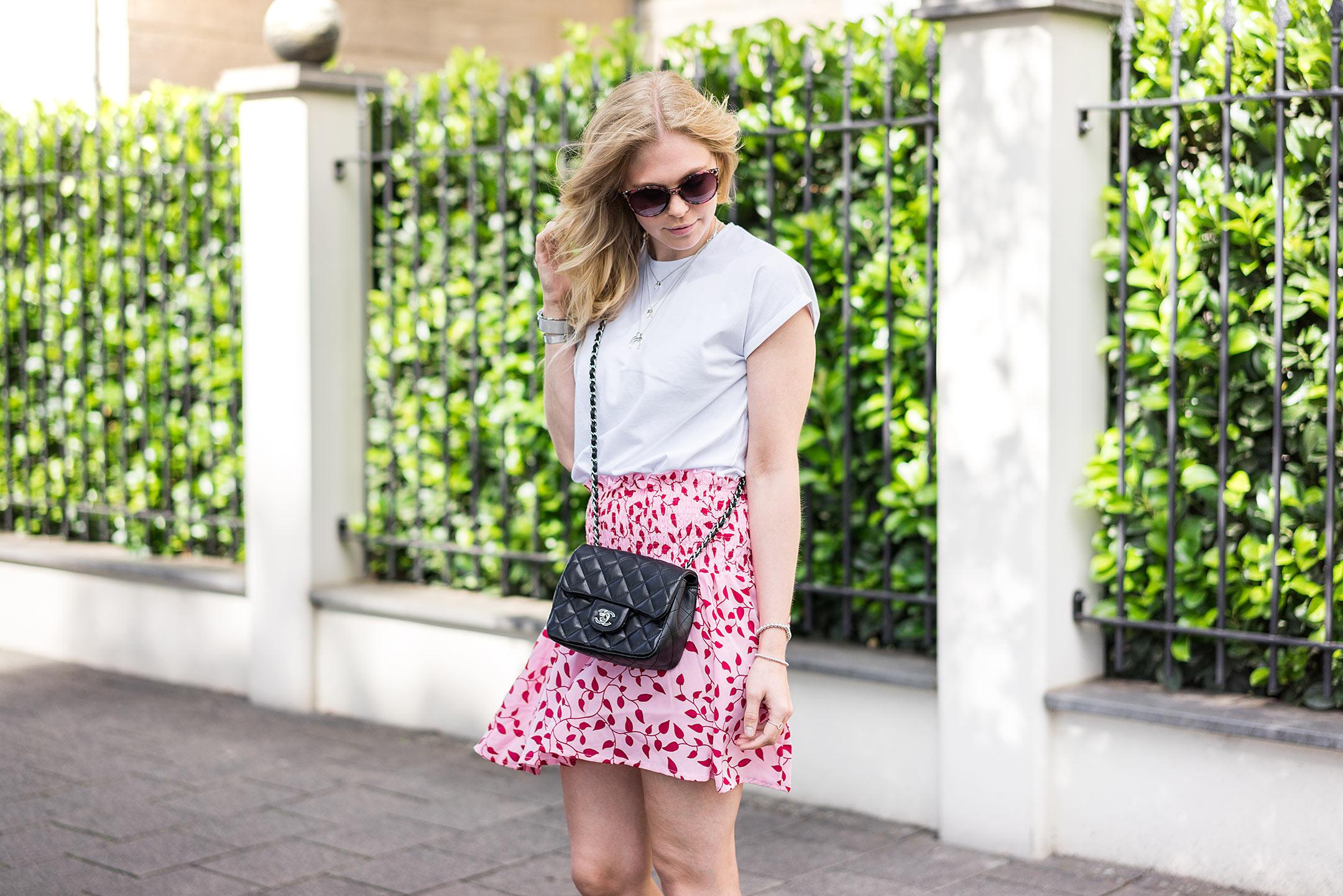 NAKD Outfit Summer Colors rot und pink Sunnyinga Fashionblog Düsseldorf
