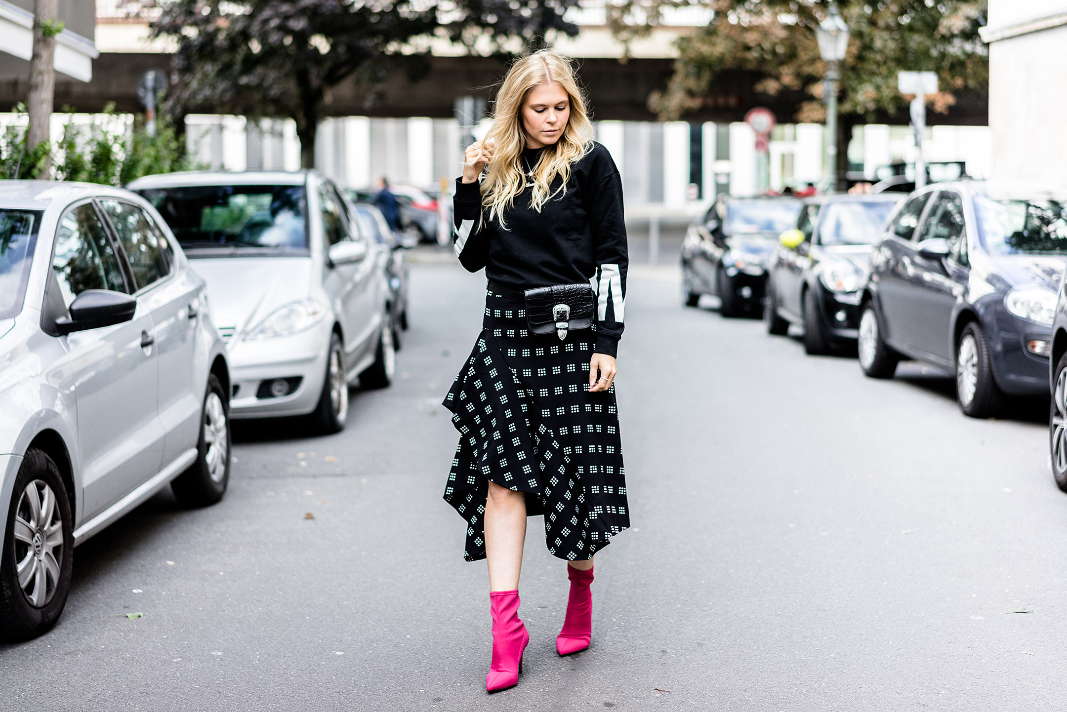 Outfit Sock Boots Herbst Streetstyle Fashionblog Sunnyinga
