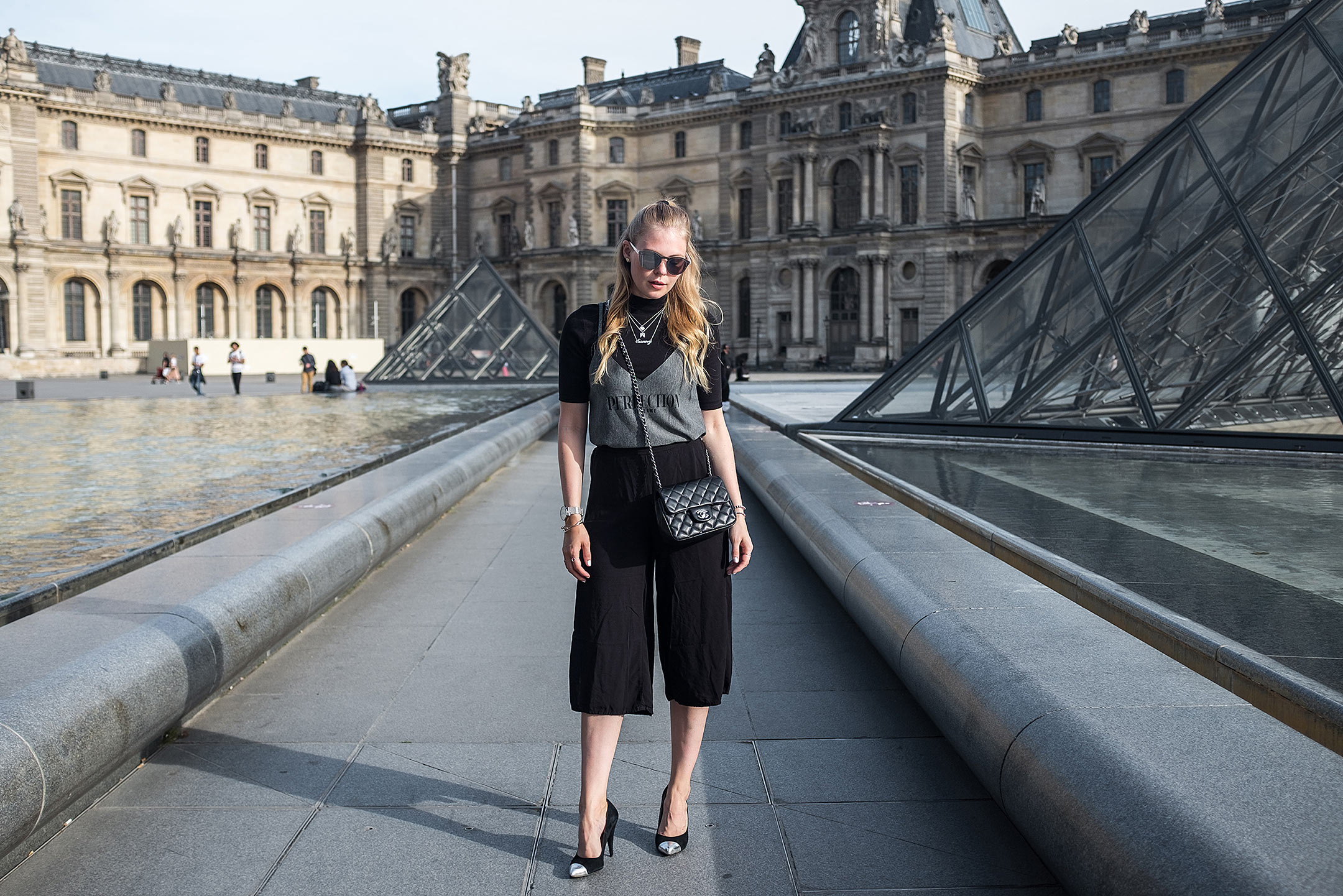 Paris Louvre Fashion Outfit Travelblog Sunnyinga
