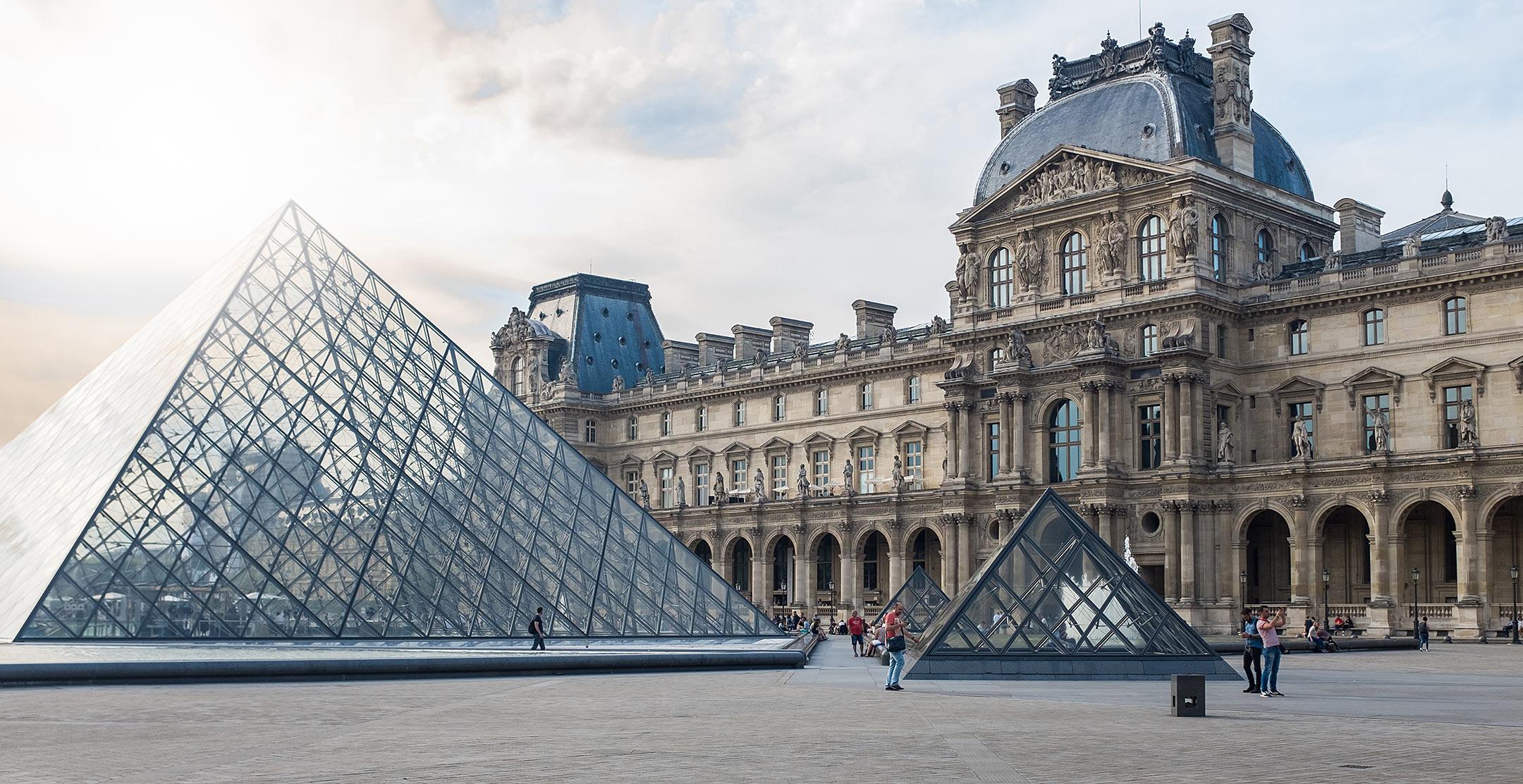 Paris Louvre Travelblog Sunnyinga