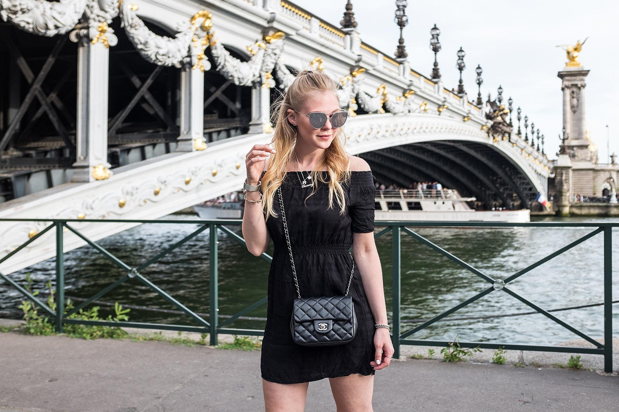 Paris Pont Alexandre III Travelblog Sunnyinga