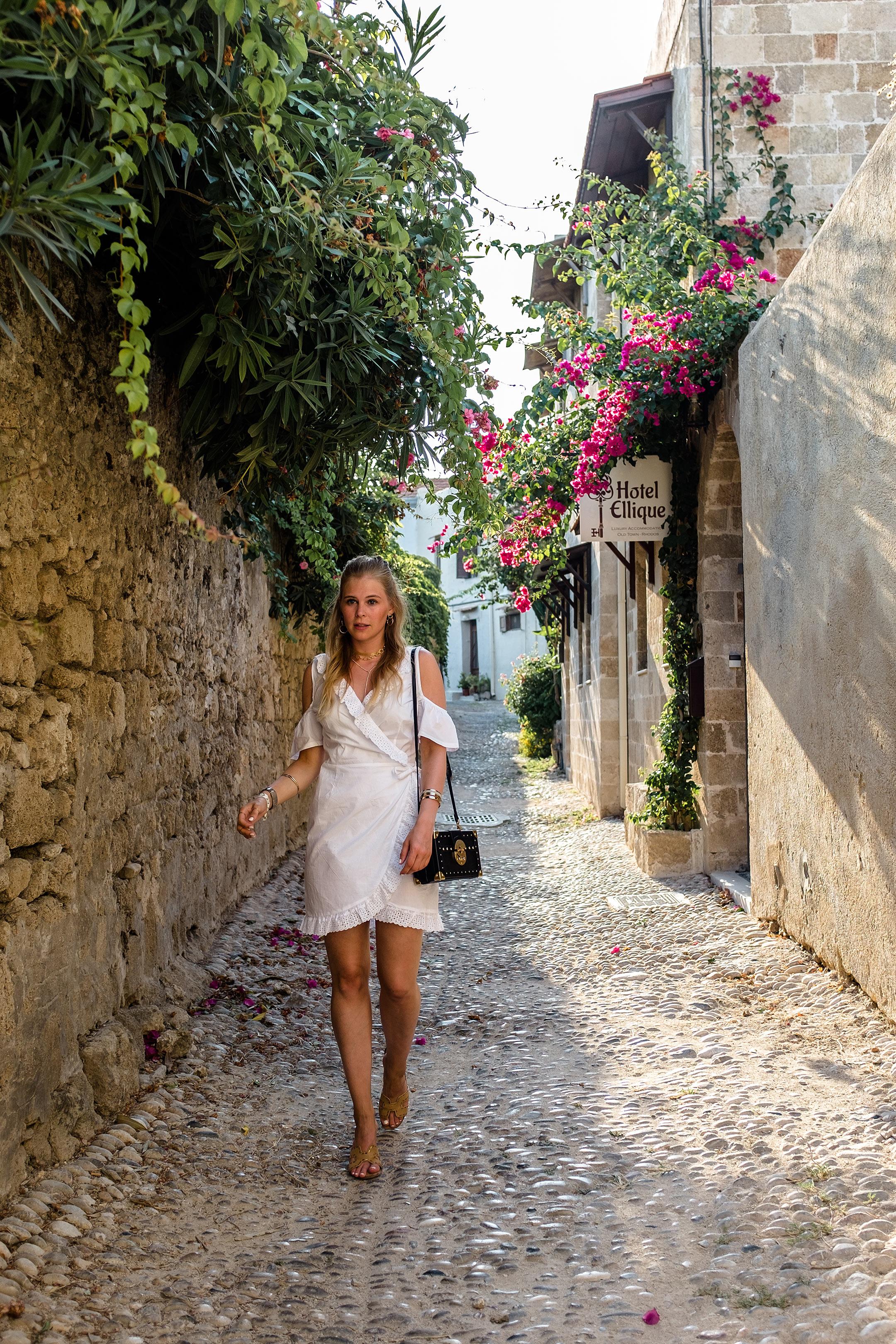 Rhodos Altstadt Outfit Sommer Modeblog Sunnyinga