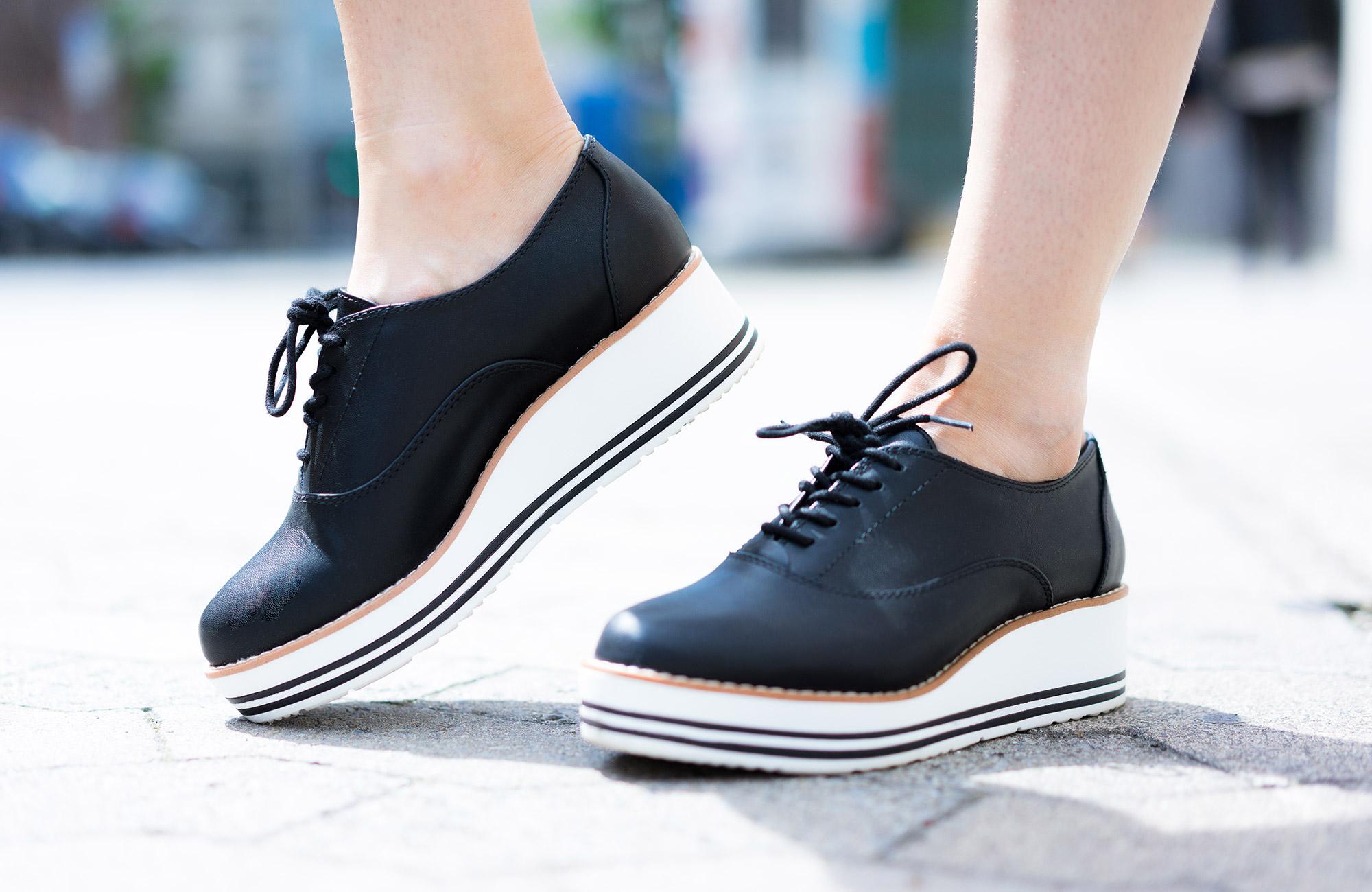 Plateau-Schuhe schwarz