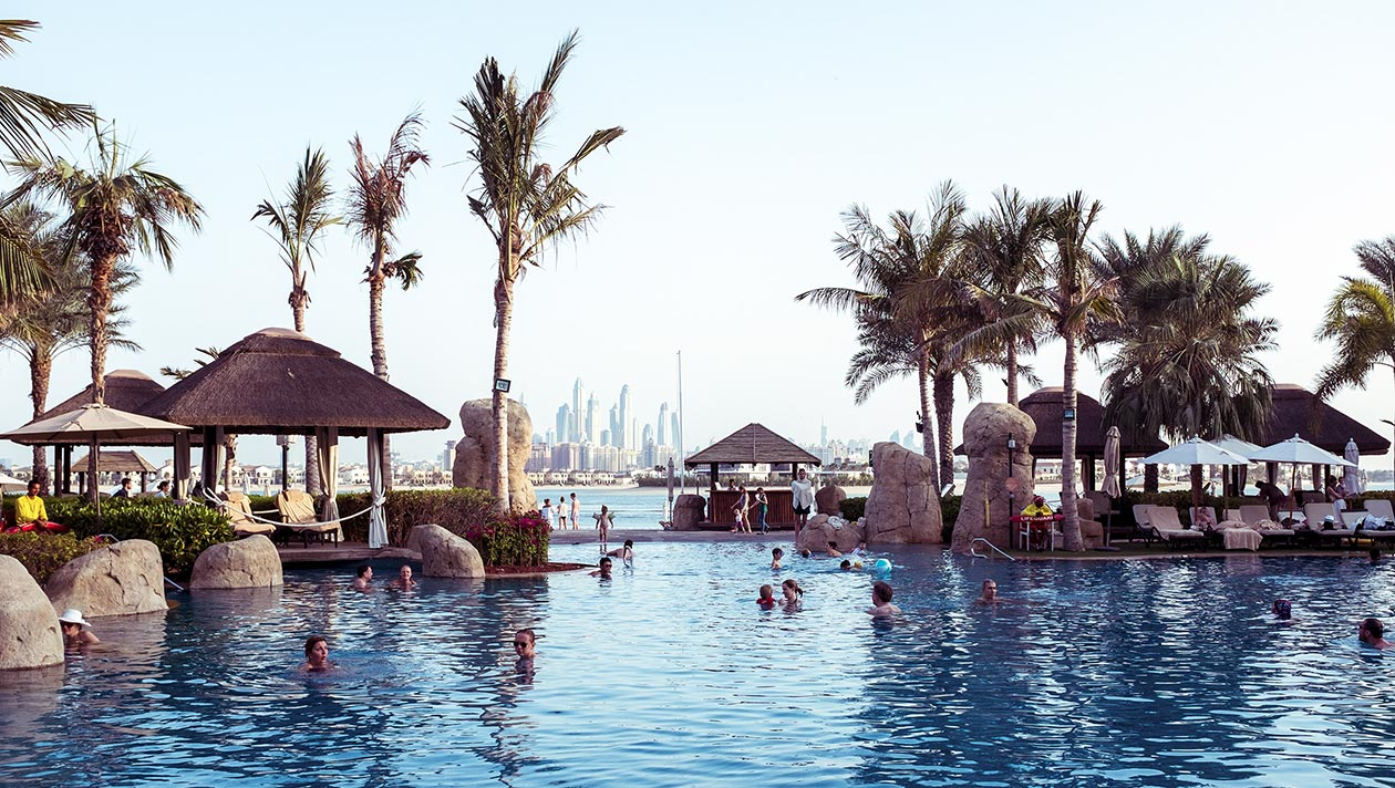 Sofitel Dubai The Palm Pool Travelblog Sunnyinga