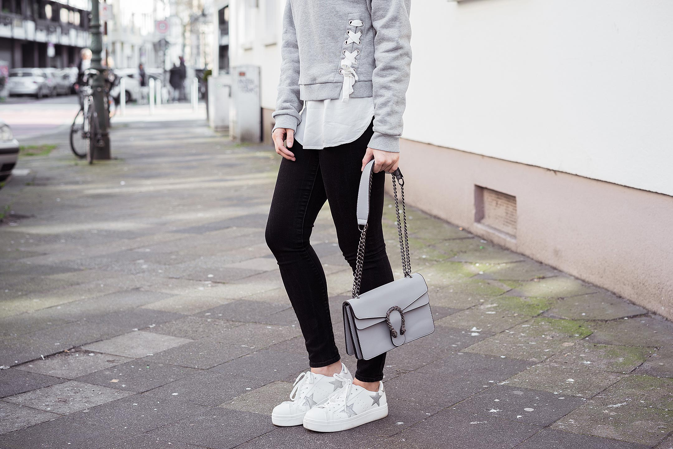 Sternchen Sneaker weiß silber Sunnyinga Schuhe Modeblog