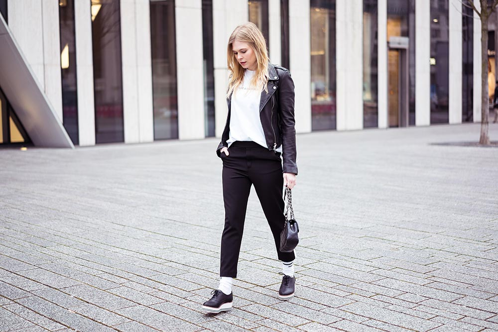 Sunnyinga Athleisure Streetstyle Outfit Düsseldorf