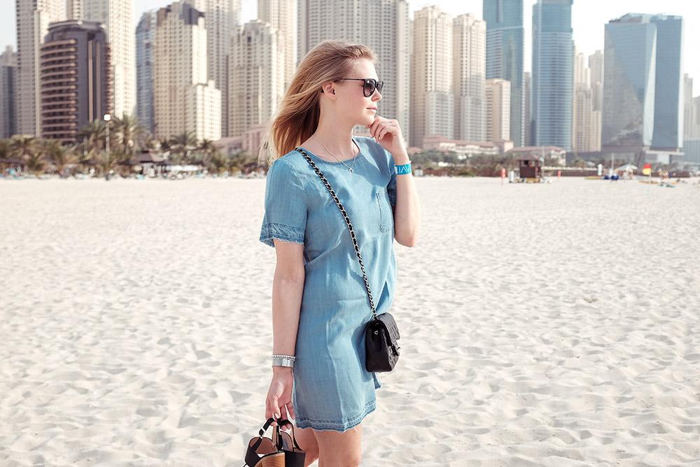 Sunnyinga Blog Outfit Beach Strand Dubai Travelblog