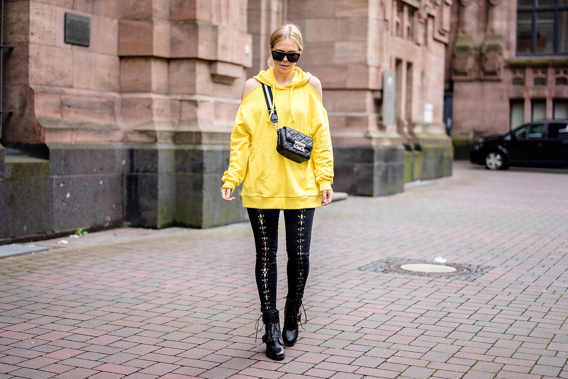 Sunnyinga ootd Outfit Trendfarbe Gelb Düsseldorf Fashion Blogger