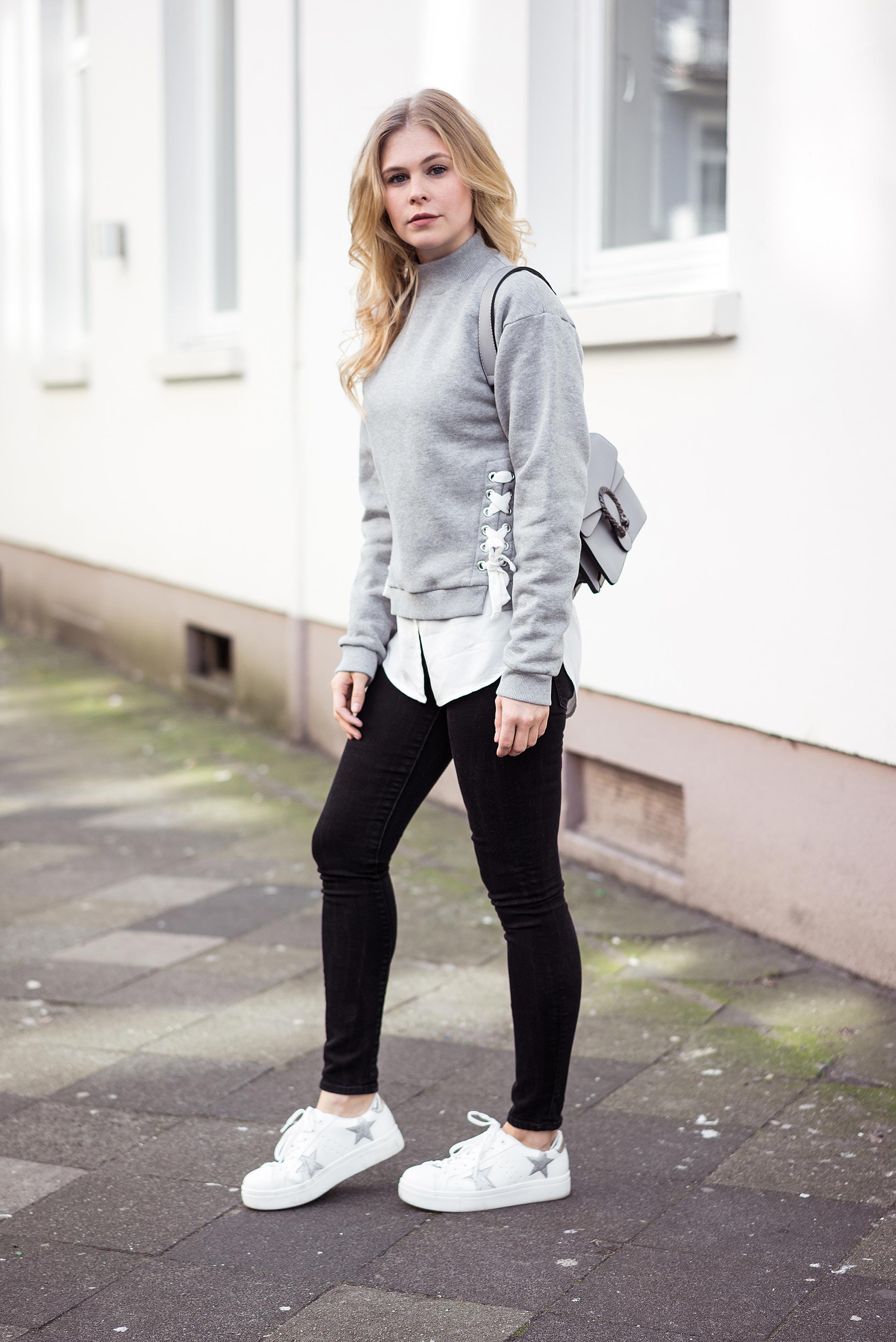 Sunnyinga Sweatshirt Pullover Schnürung Outfit Frühling Fashionblog Düsseldorf
