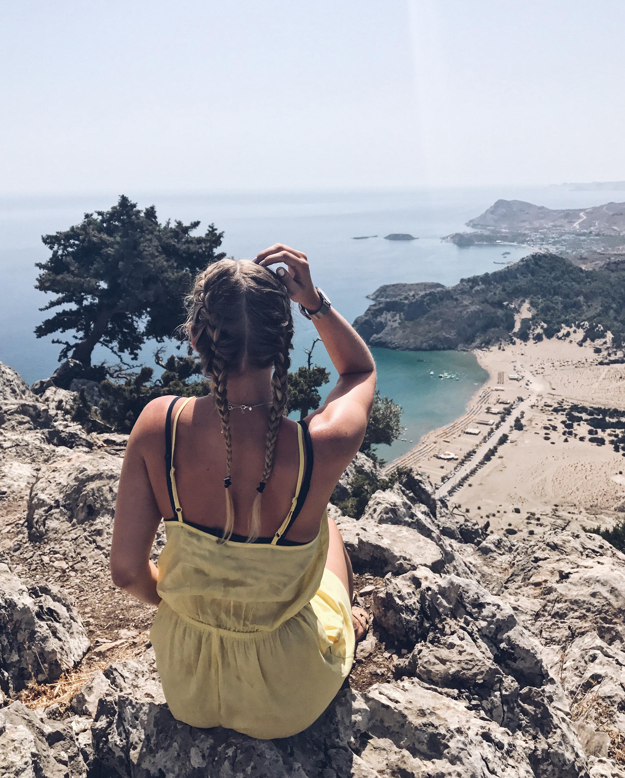 Tsambika Beach Rhodos Ausblick Griechenland Travel Blog Sunnyinga