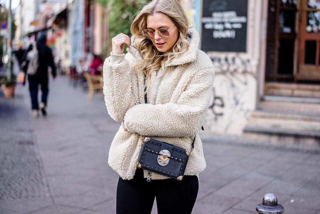 Teddy Coat Felljacke Outfit Streetstyle Berlin Fashion Blog Sunnyinga